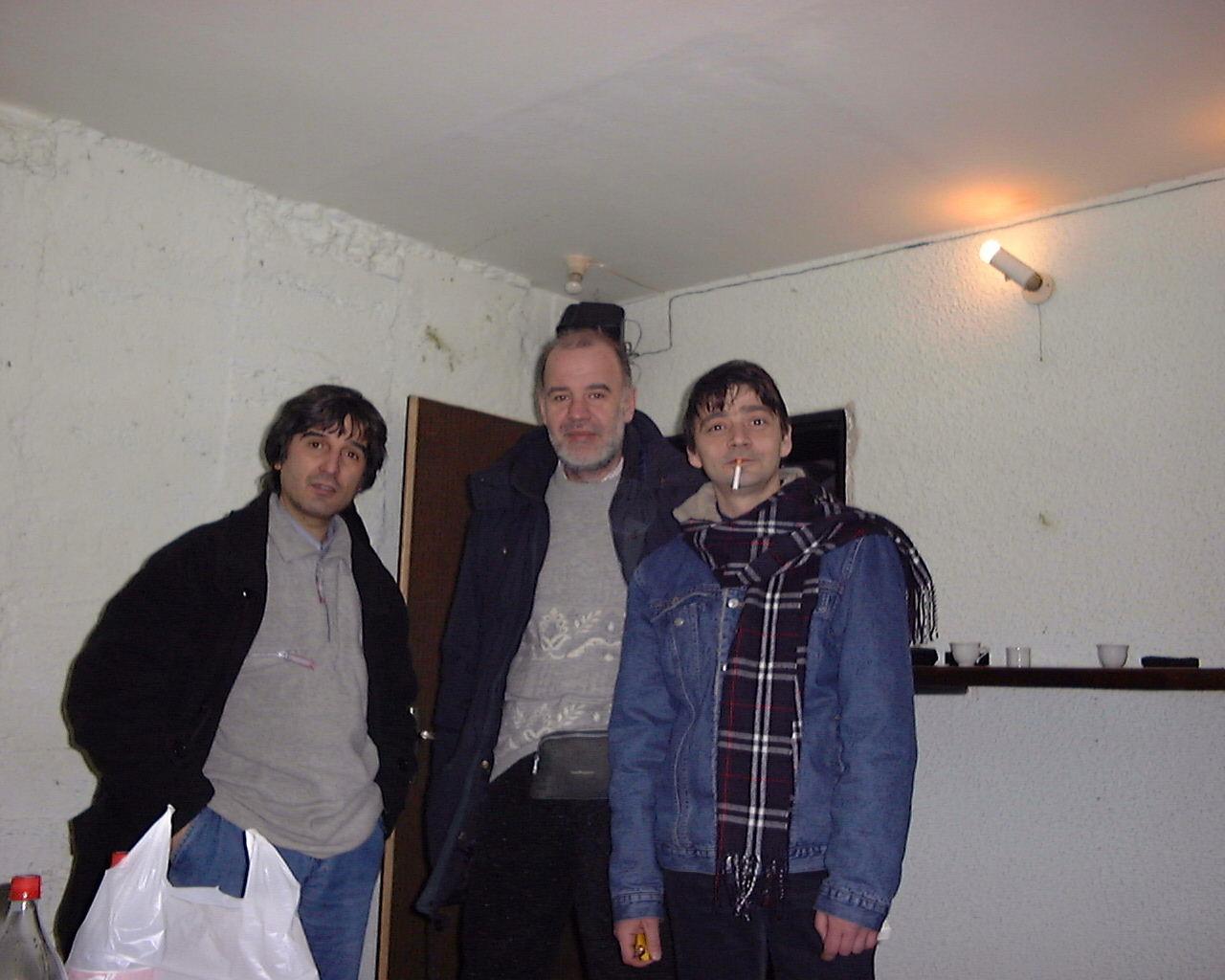 Ачо, Юри, и Венци в студио Графити